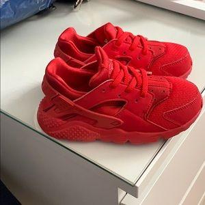 Toddler Nike shoes size 10c